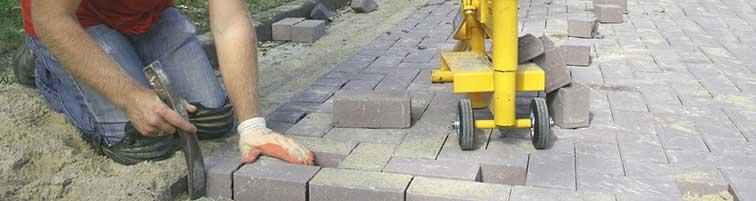 stratenmaker aan de slag met het leggen